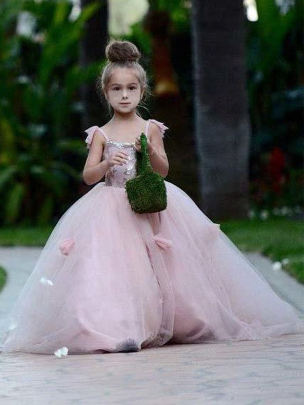 Limitless Looks Ball Gown Spaghetti Straps Sweep/Brush Train Applique Tulle Flower Girl Dresses