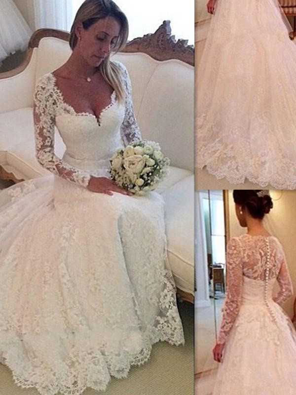 Dashing Darling Ball Gown V-neck Lace Court Train Tulle Wedding Dresses