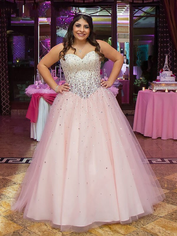 Limitless Looks Ball Gown Sweetheart Tulle Floor-Length Beading Plus Size Dresses