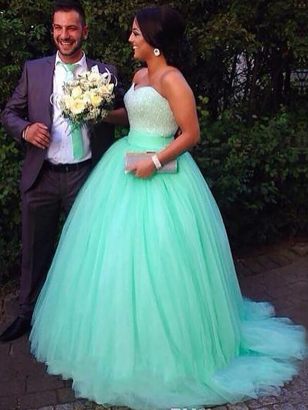 Creative Courage Ball Gown Sweetheart Tulle Sweep/Brush Train Beading Plus Size Dresses