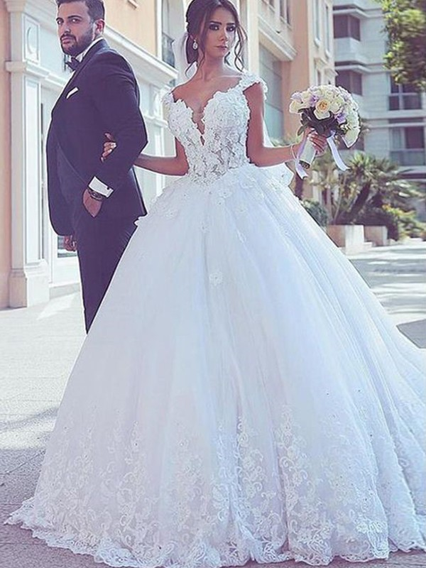 Fabulous Fit Ball Gown Sweetheart Sweep/Brush Train Lace Tulle Wedding Dresses