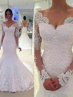 Naturally Chic Mermaid Style V-neck Lace Court Train Tulle Wedding Dresses