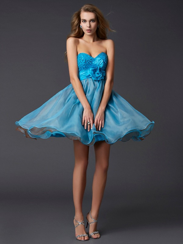 Chic Chic London Princess Style Sweetheart Lace Short Taffeta Homecoming Dresses