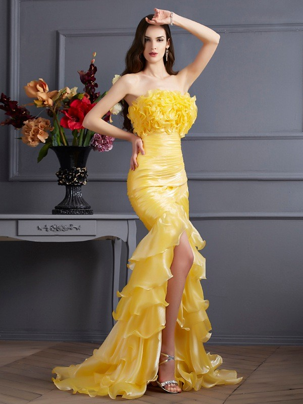 Desired Spotlight Mermaid Style Strapless Ruffles Long Tulle Dresses