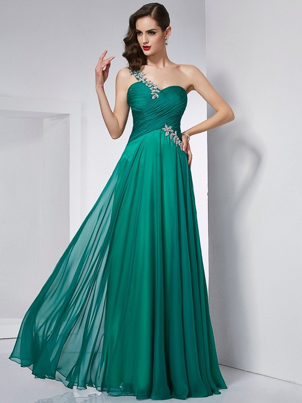 Comfortably Chic Princess Style One-Shoulder Long Chiffon Dresses
