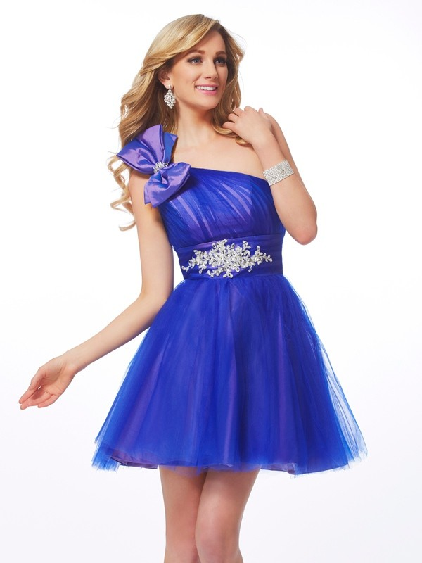 Dancing Queen Princess Style One-Shoulder Beading Short Net Homecoming Dresses