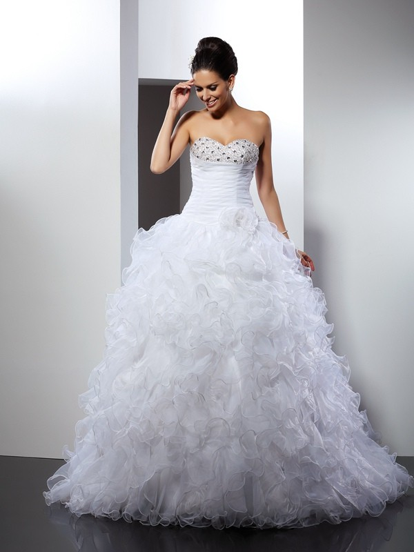 Dashing Darling Ball Gown Sweetheart Beading Long Organza Wedding Dresses