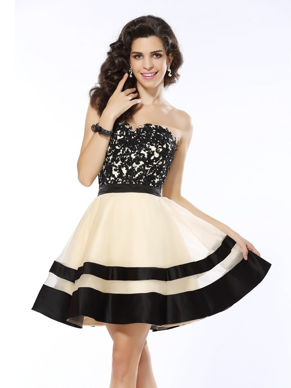 Just My Style Princess Style Sweetheart Applique Short Organza Cocktail Dresses