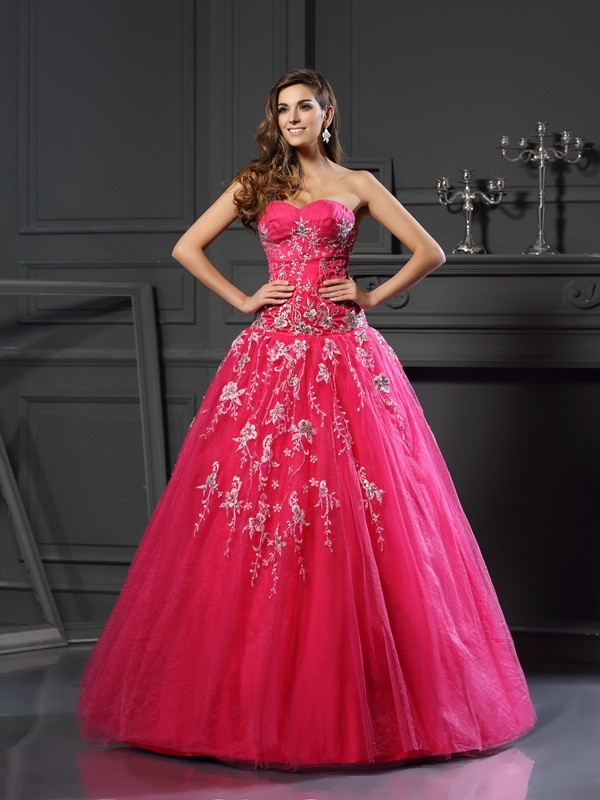 Vibrant Stylist Ball Gown Sweetheart Applique Long Net Quinceanera Dresses