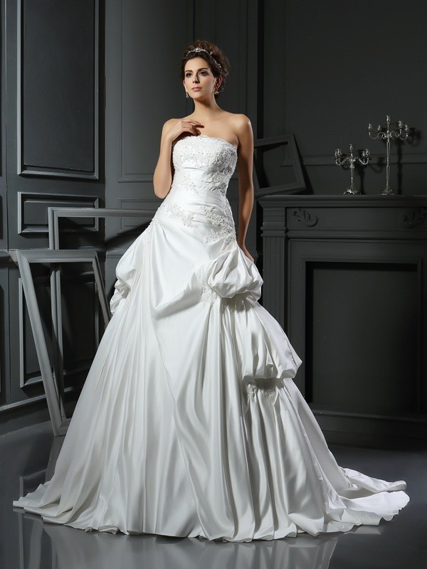 Pretty Looks Ball Gown Strapless Applique Long Satin Wedding Dresses