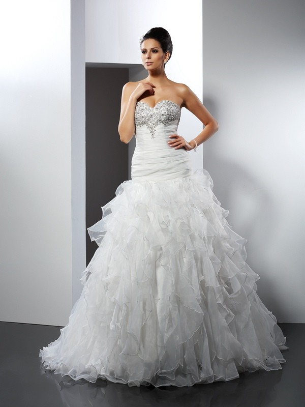 Cheerful Spirit Ball Gown Sweetheart Ruffles Long Tulle Wedding Dresses