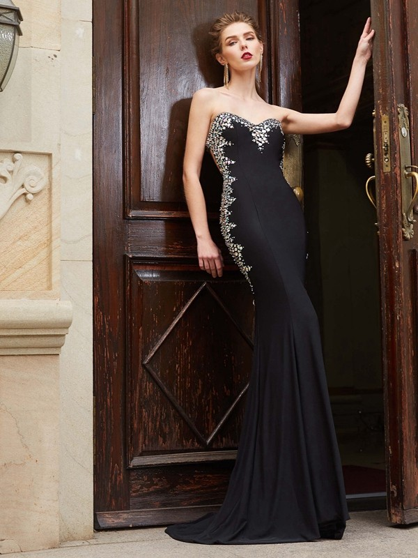 Pretty Looks Sheath Style Sweetheart Sequin Spandex Sweep/Brush Train Dresses