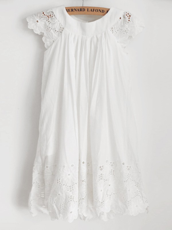 Lovely A-Line Lace Ruffles Scoop Knee-Length Flower Girl Dresses