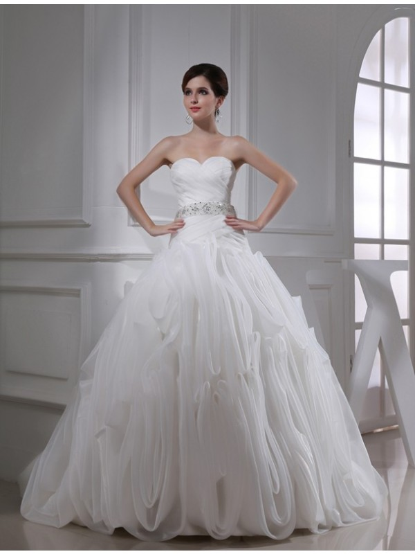 Open to Adoration Ball Gown Beading Sweetheart Organza Wedding Dresses