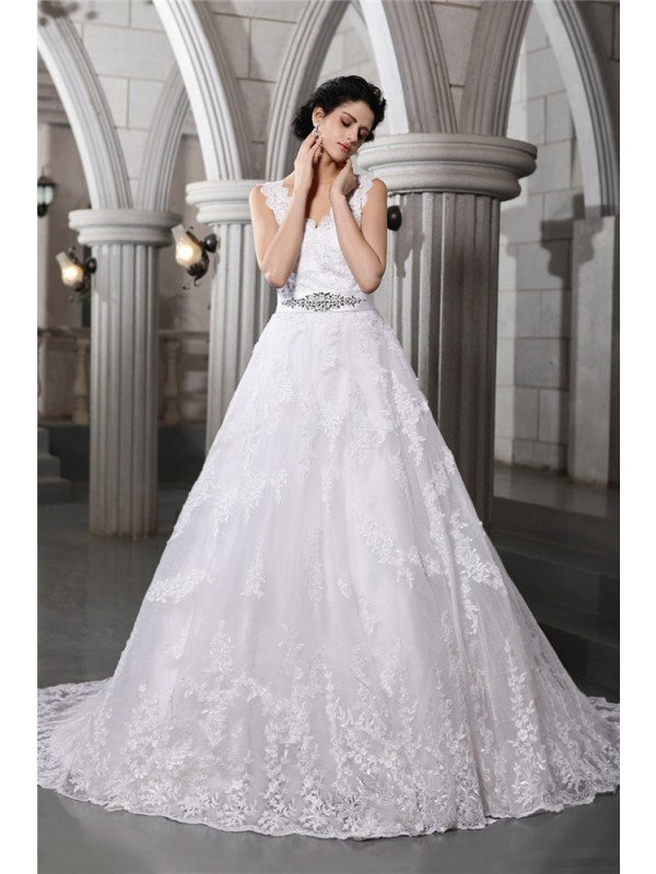 Sweet Sensation Princess Style V-neck Beading Applique Long Organza Wedding Dresses