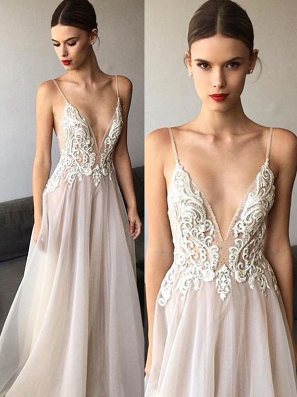 Yours Truly Princess Style V-neck Sweep/Brush Train Spaghetti Straps Lace Tulle Wedding Dresses
