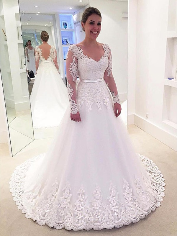 Yours Truly Princess Style V-neck With Applique Lace Tulle Sweep/Brush Train Wedding Dresses
