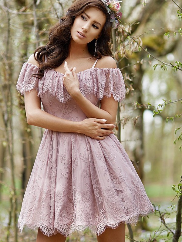Befits Your Brilliance Princess Style With Ruffles Lace Off-the-Shoulder Short/Mini Dresses