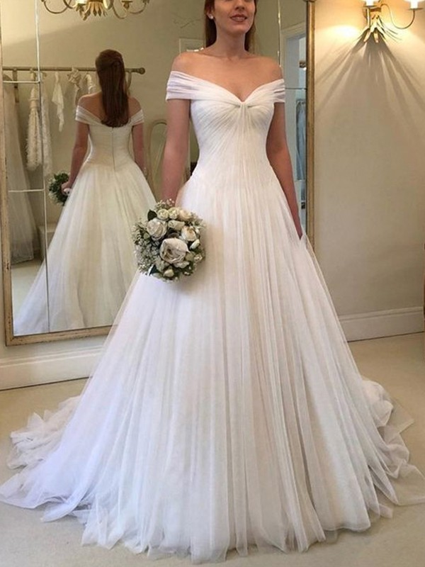 Eye-Catching Charm Princess Style Off-the-Shoulder Sleeveless Sweep/Brush Train Ruched Tulle Wedding Dresses