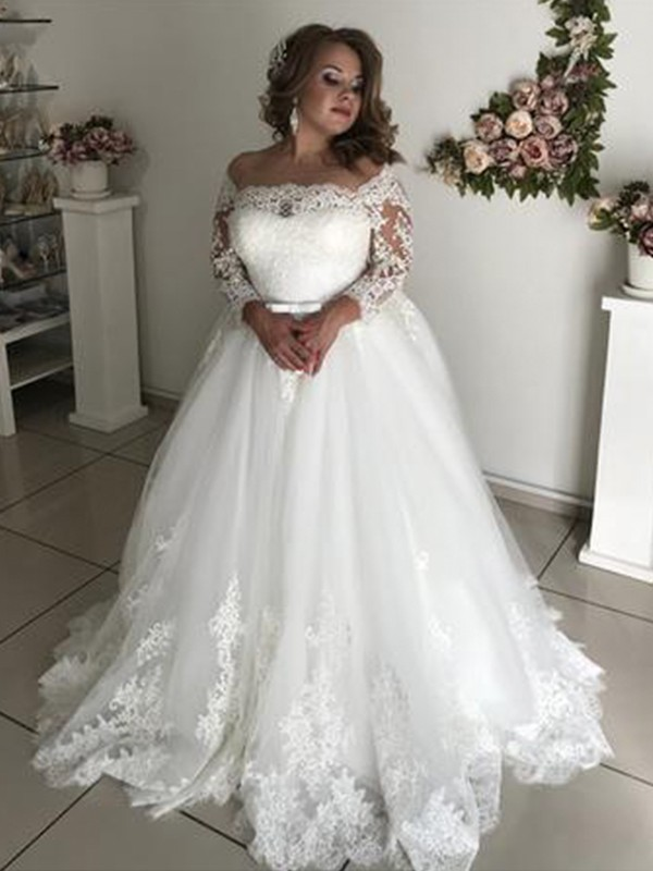 1d1b78827f Pretty Looks Princess Style Off-the-Shoulder Long Sleeves Sweep Brush Train  Lace