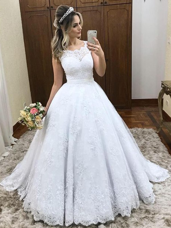 Dancing Queen Ball Gown Scoop Sleeveless Sweep/Brush Train Lace Wedding Dresses