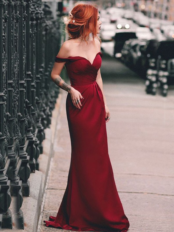 Chic Chic London Sheath/Column Off-the-Shoulder Sleeveless Sweep/Brush Train Ruched Elastic Woven Satin Dresses