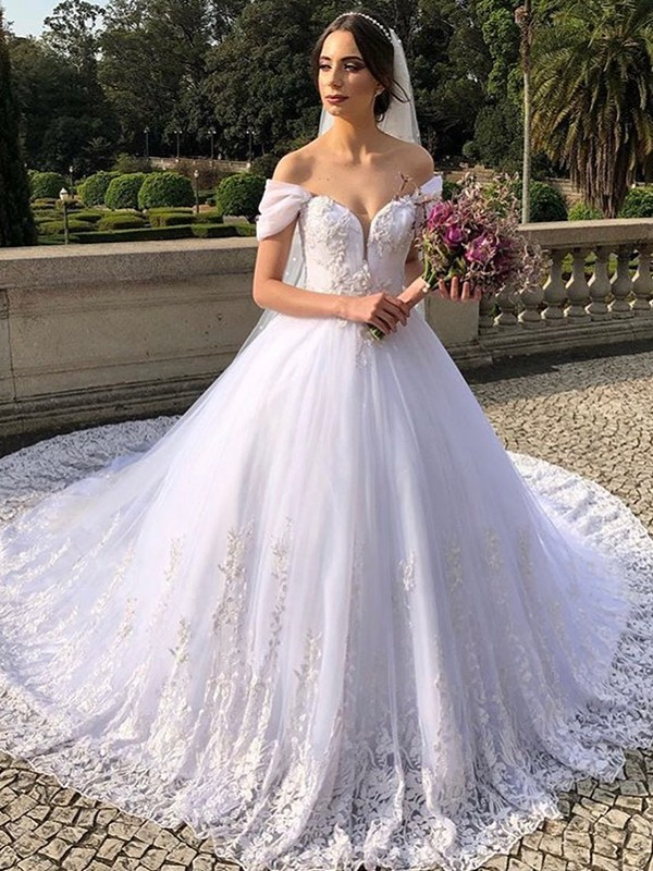 Ball Gown Tulle Applique Off-the-Shoulder Sleeveless Court Train Wedding Dresses