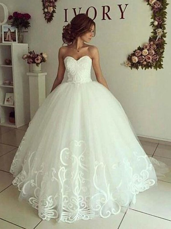 Ball Gown Sweetheart Floor-Length Tulle Applique Sleeveless Wedding Dresses