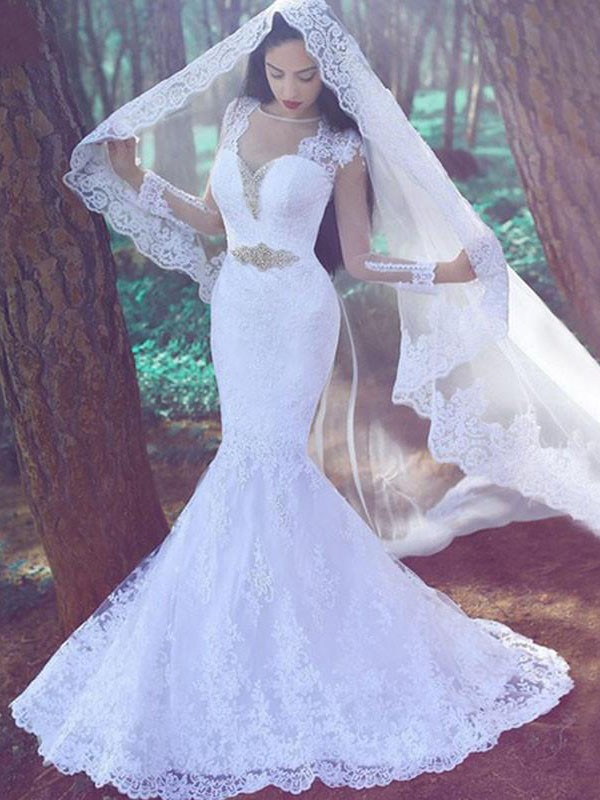 Styled to Smile Mermaid Style With Applique Sweetheart Lace Court Train Wedding Dresses