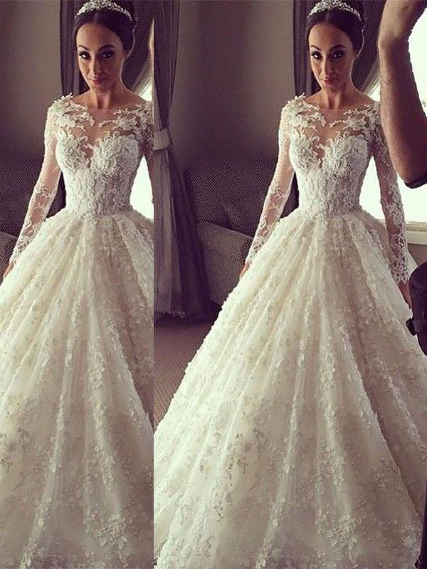 Pretty Looks Ball Gown Scoop Court Train Lace Wedding Dresses