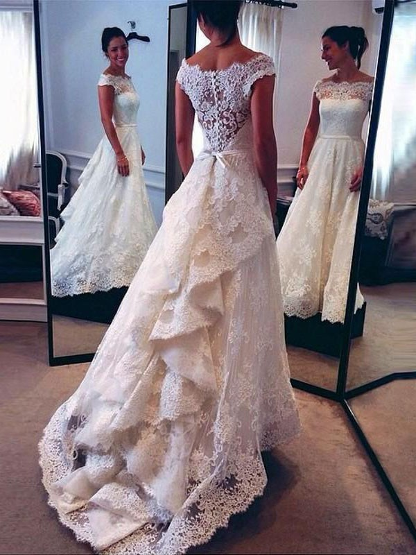 Open to Adoration Princess Style Scoop Lace Court Train Wedding Dresses
