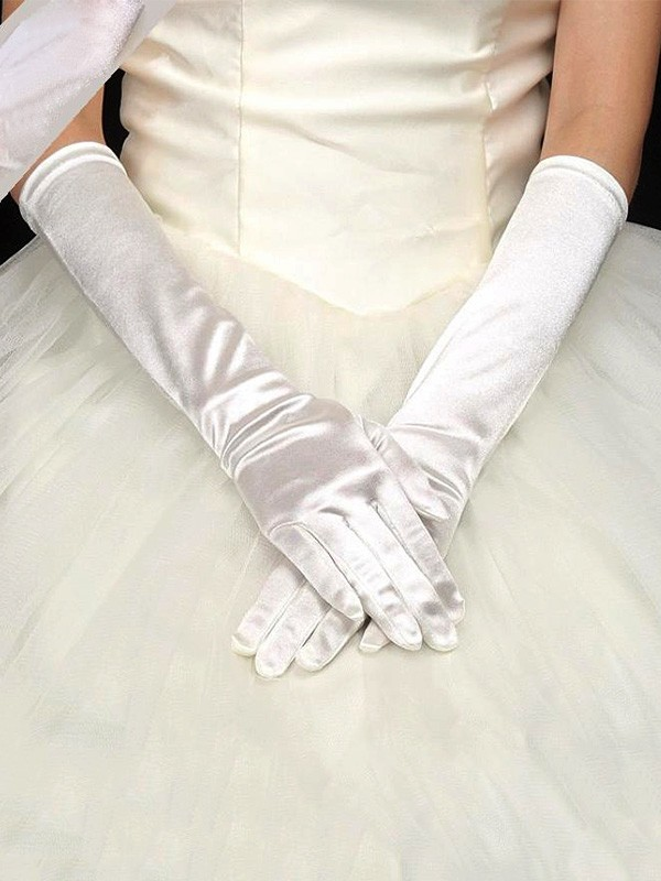 Pretty Cloth Wedding Gloves