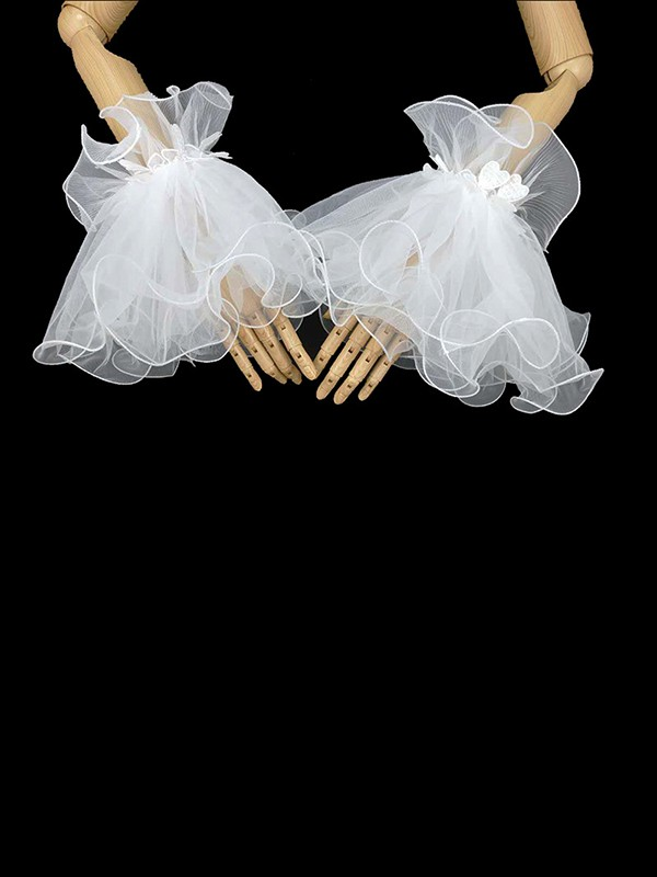 Romantic Tulle Wedding Gloves