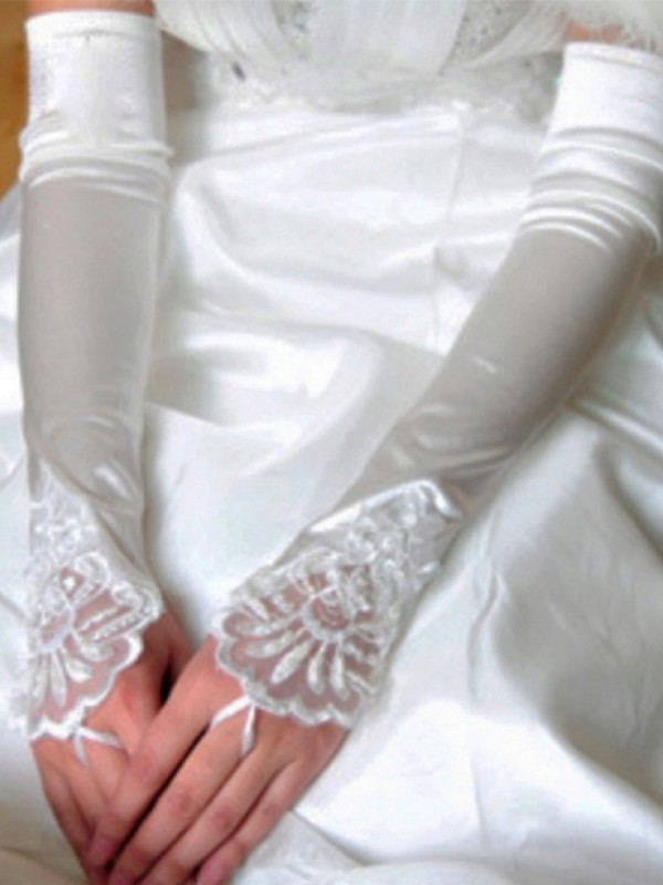 Stunning Cloth Applique Wedding Gloves