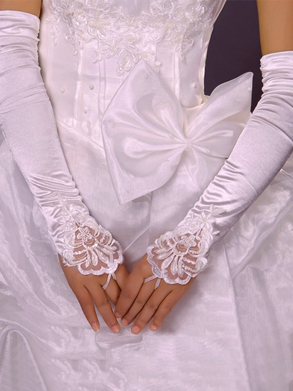 Pretty Cloth Applique Wedding Gloves
