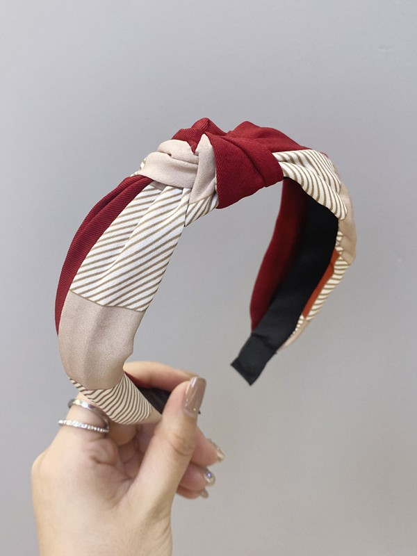 Trending Cloth With Knot Headbands