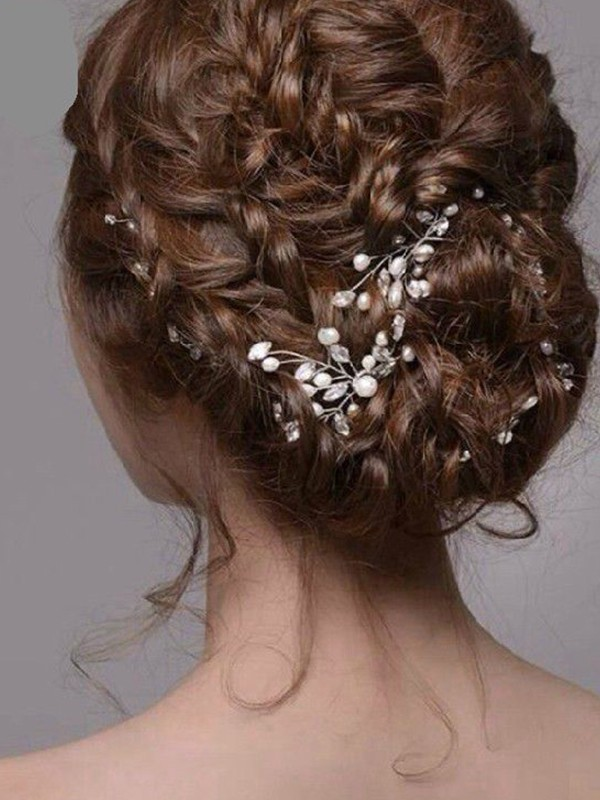 Fashionable Pearl Headpieces
