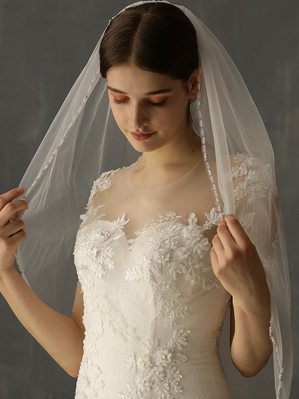 Charming Tulle One-Tier Elbow Bridal Veils