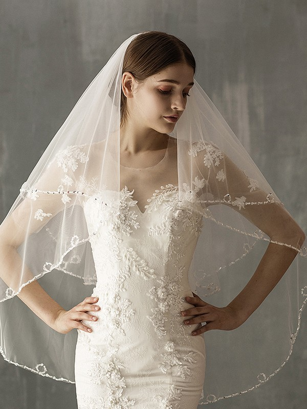 Stunning Tulle Two-Tier Fingertip Bridal Veils