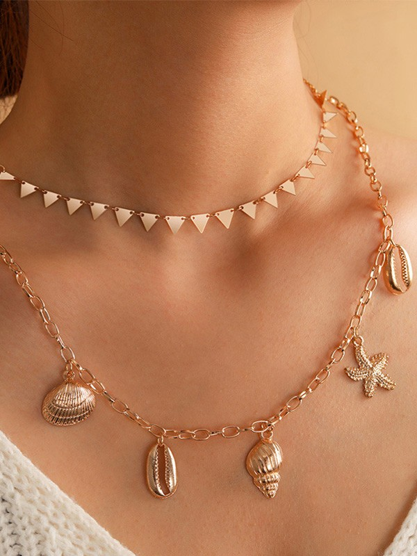 Glamorous Alloy With Conch Necklaces