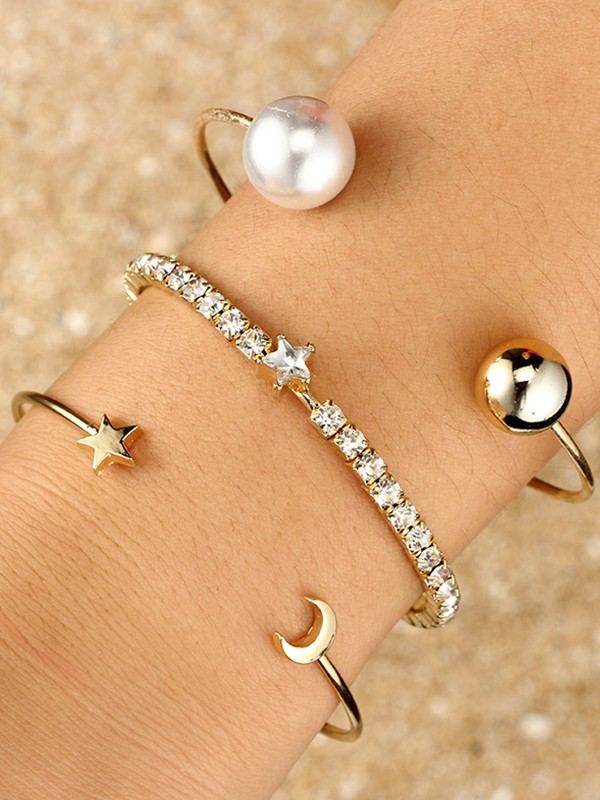 Stunning Alloy With Rhinestone Bracelets(3 Pieces)